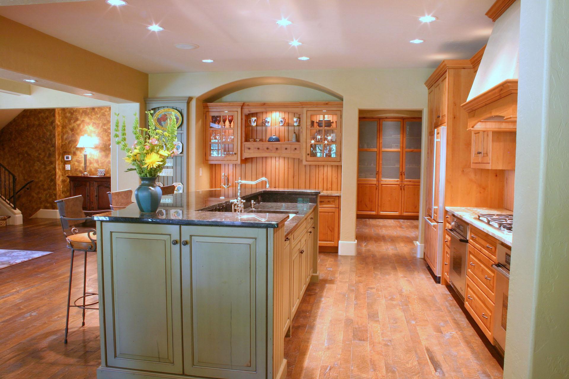 Limehouse Distressed Alder Kitchen